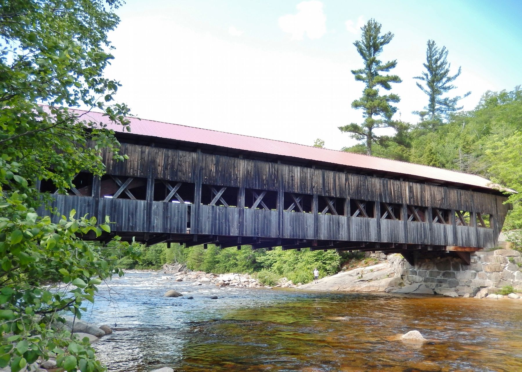 Albany Covered Bridge image. Click for full size.