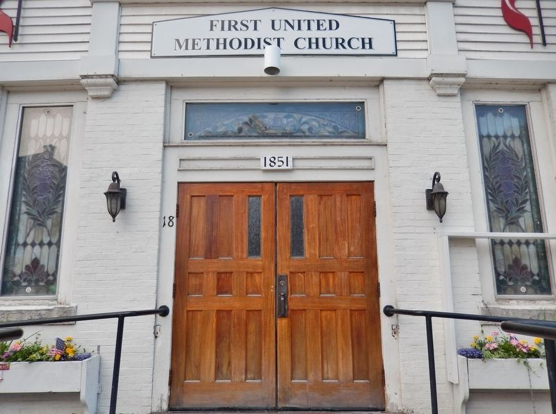 First United Methodist Church (<i>front entrance detail</i>) image. Click for full size.