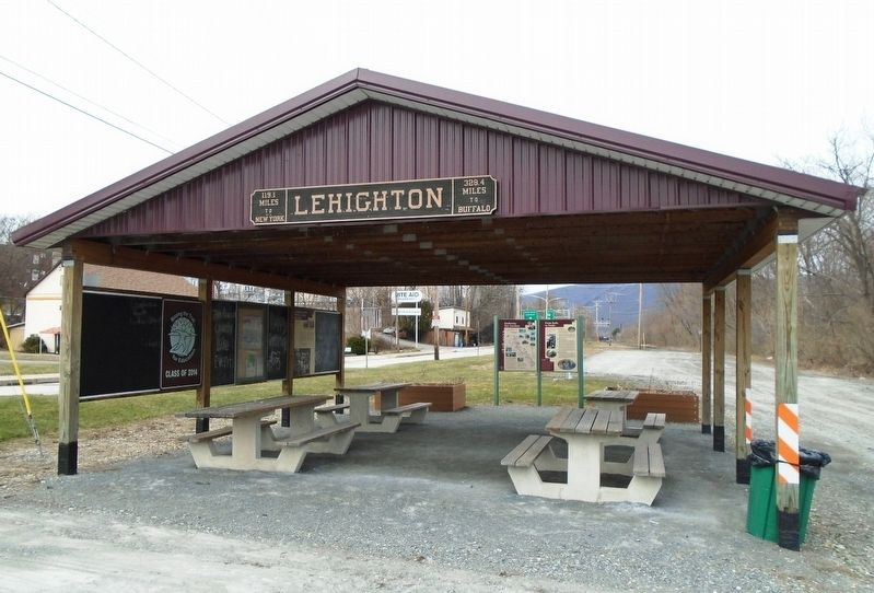 Lehighton's D&L Trail Pavilion image. Click for full size.