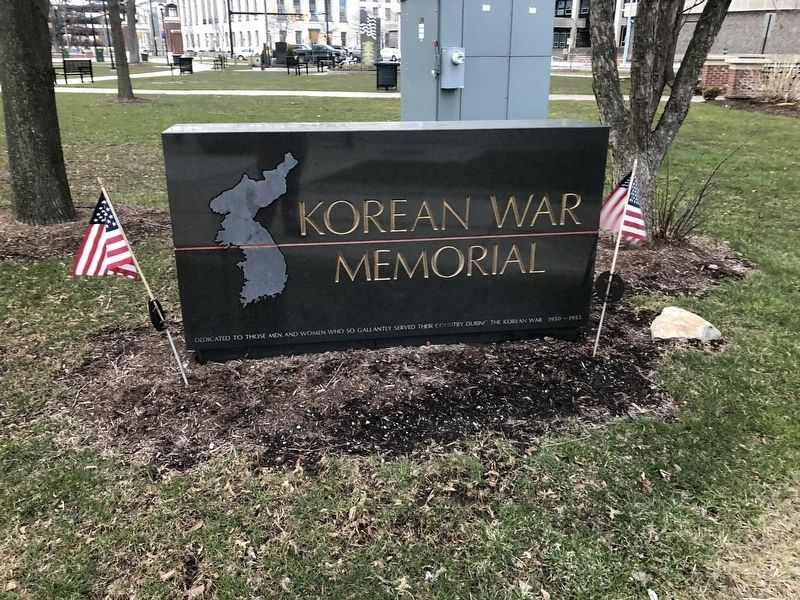 Korean War Memorial Marker image. Click for full size.