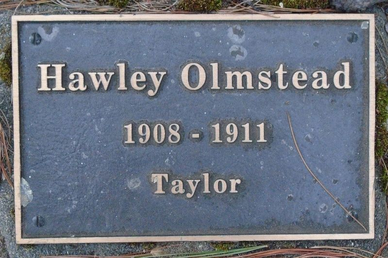 War Hero Memorial Pinery Olmstead Marker image. Click for full size.
