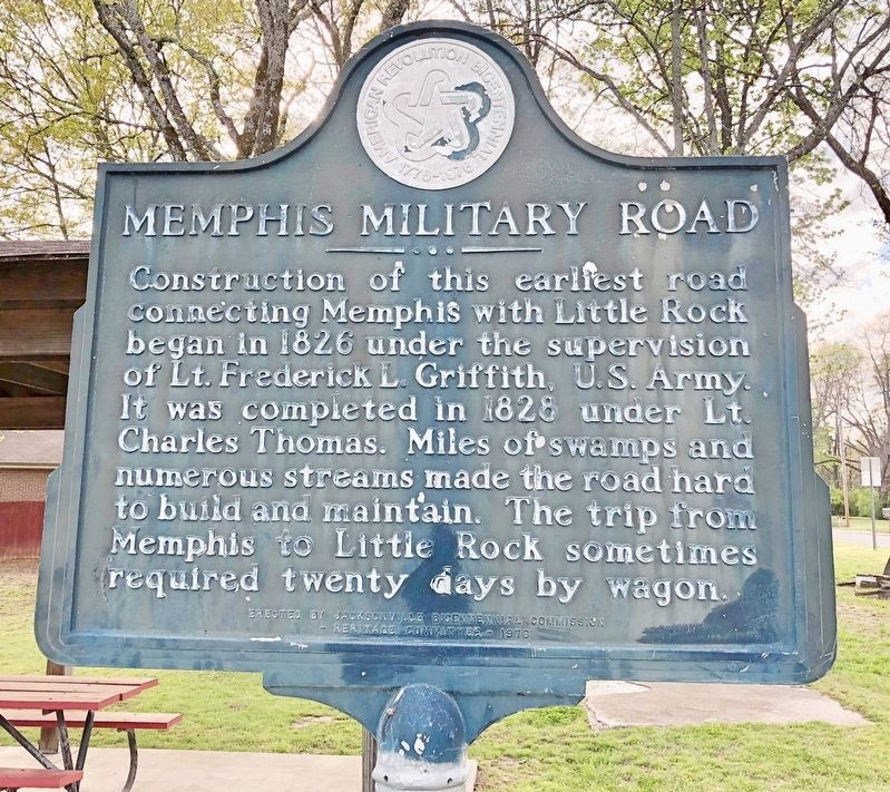 Memphis Military Road Marker image. Click for full size.