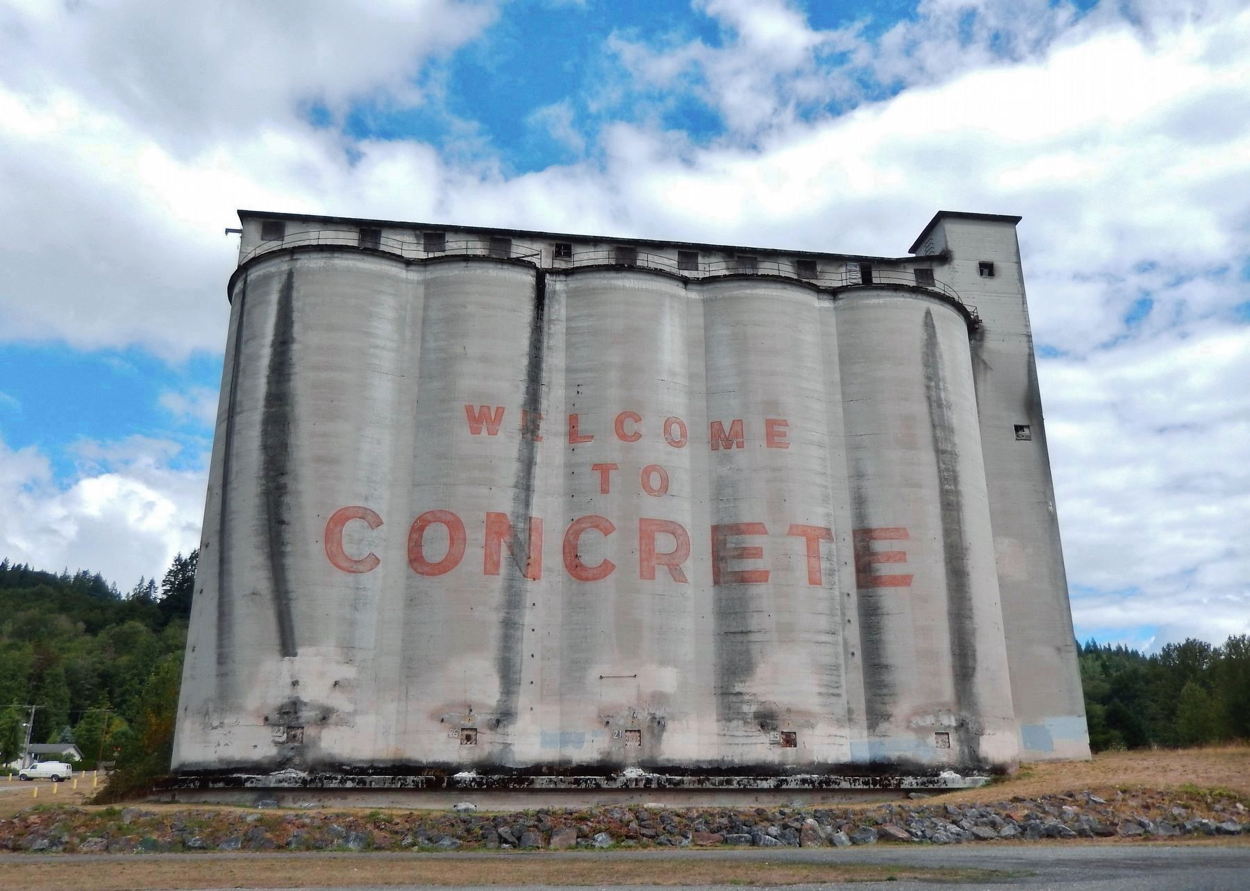 Portland Superior Cement Silos image. Click for full size.