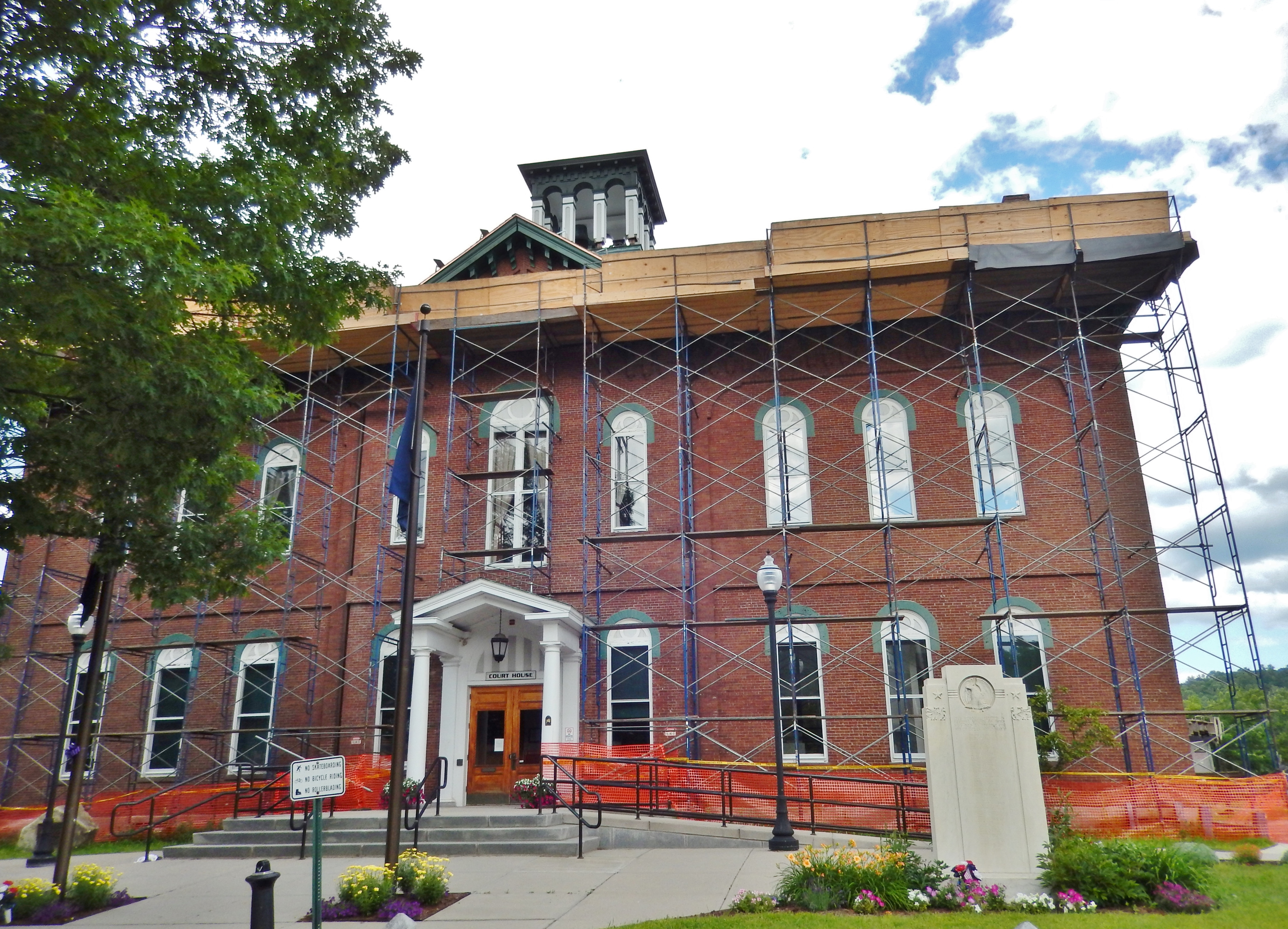 Caledonia County Courthouse (<i>2017 construction in progress</i>)