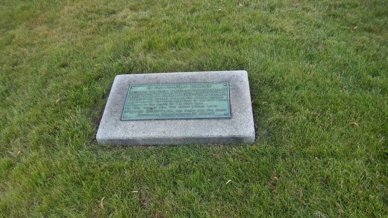 Second Albany City Hall Marker (<i>wide view</i>) image. Click for full size.