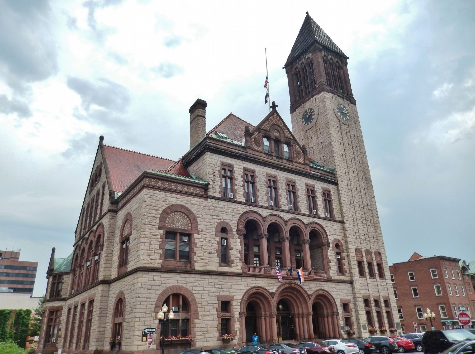 Albany City Hall & Carillon Tower image. Click for full size.