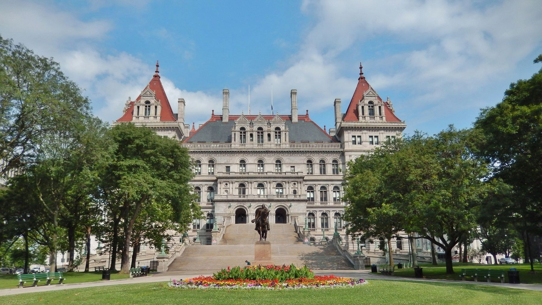 New York State Capitol (<i>view from marker - southeast side</i>) image. Click for full size.
