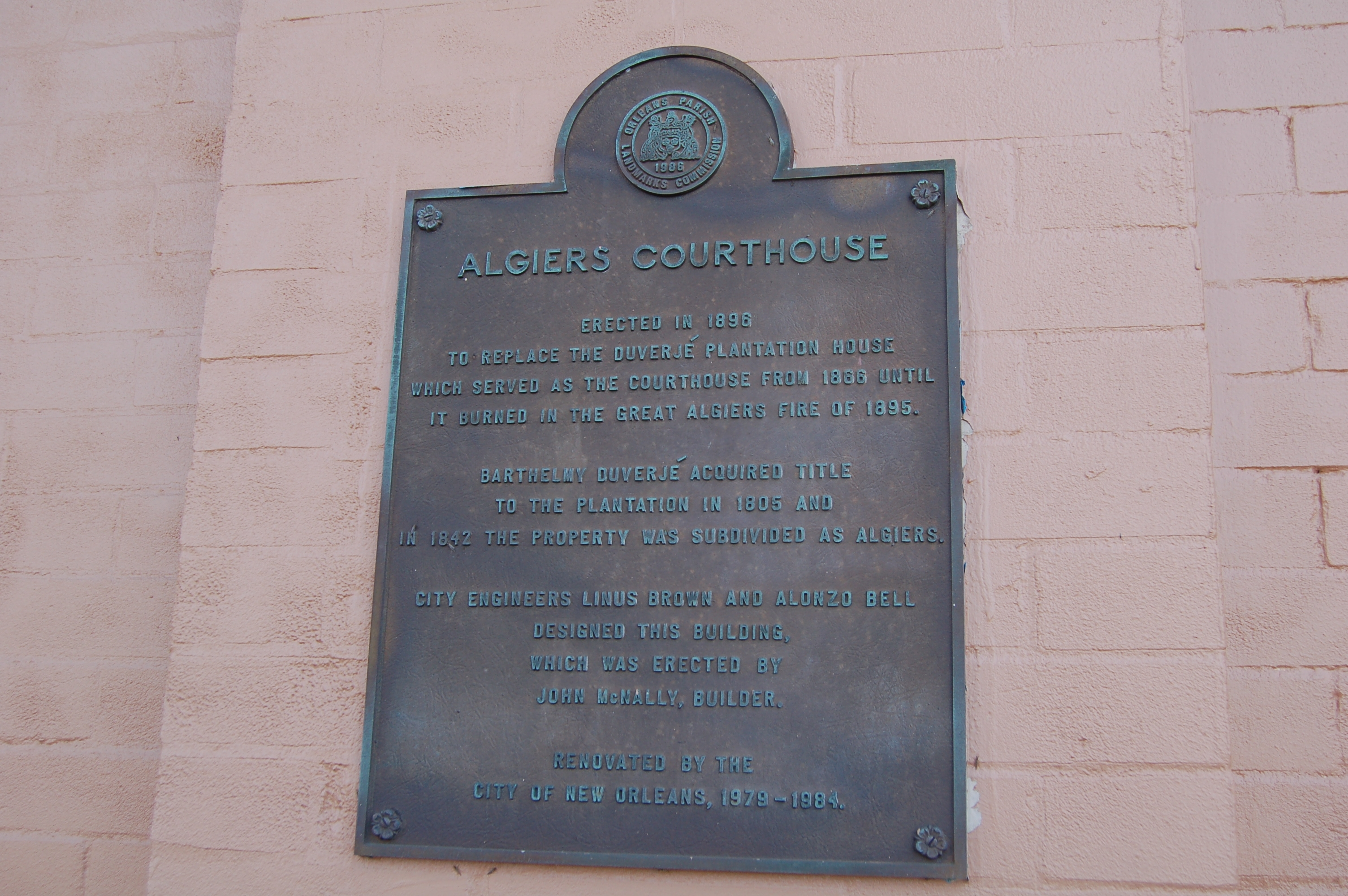 Algiers Courthouse Marker