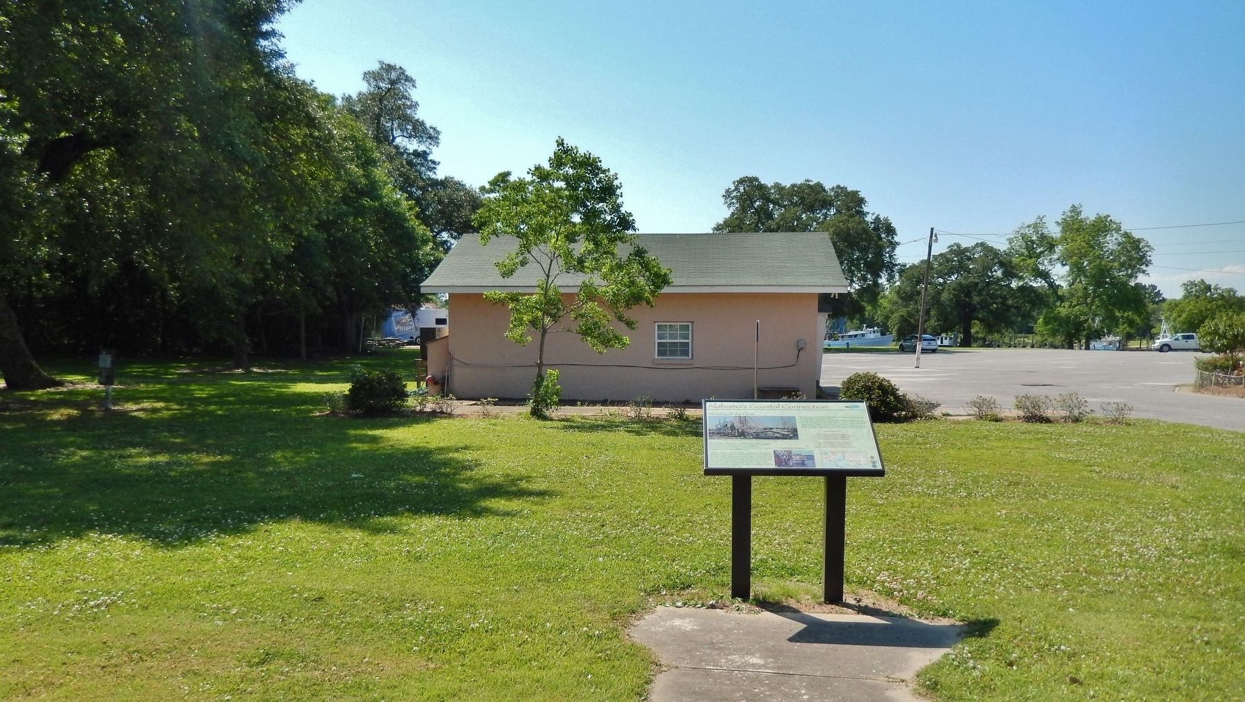 Alabama&#39;s Coastal Connection Marker (<i>wide view; St. Margaret Parish Office in background</i>) image. Click for full size.