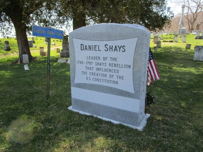 Daniel Shays Gravesite image. Click for full size.