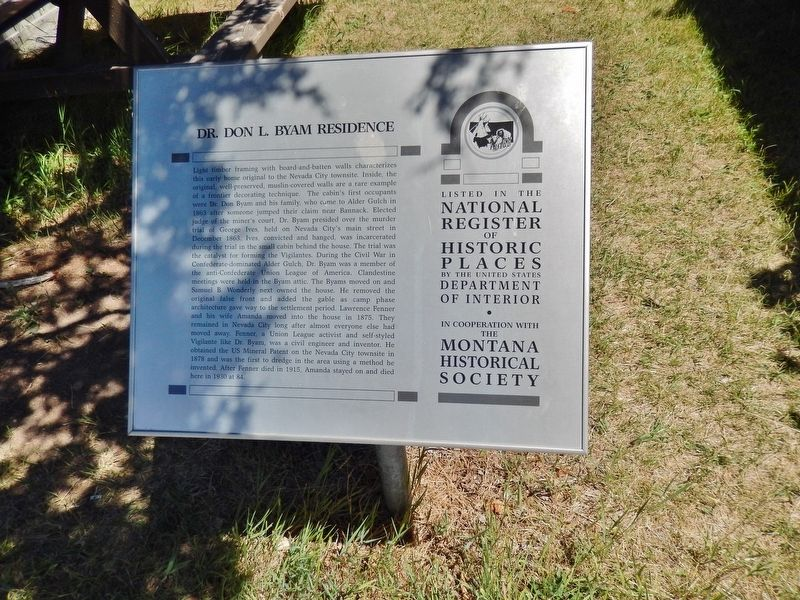 Dr. Don L. Byam Residence Marker (<i>wide view</i>) image. Click for full size.