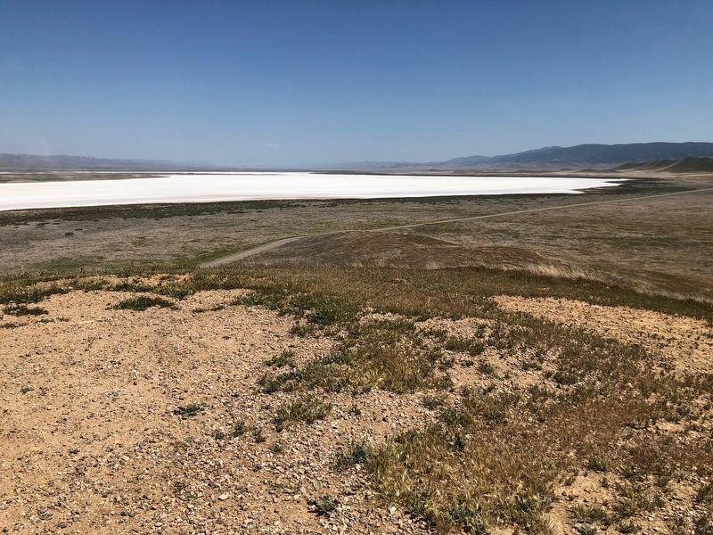 Soda Lake image. Click for full size.