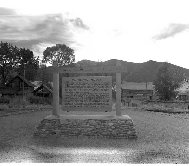 Additional Robber's Roost Marker image. Click for full size.