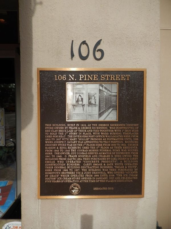 106 N. Pine Street Marker (<i>tall view</i>) image. Click for full size.