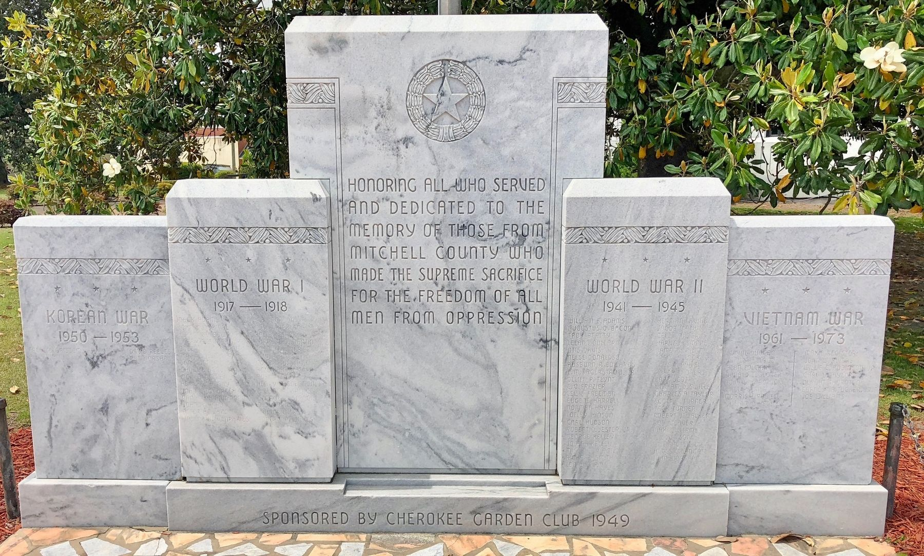 Mitchell County War Memorial image. Click for full size.