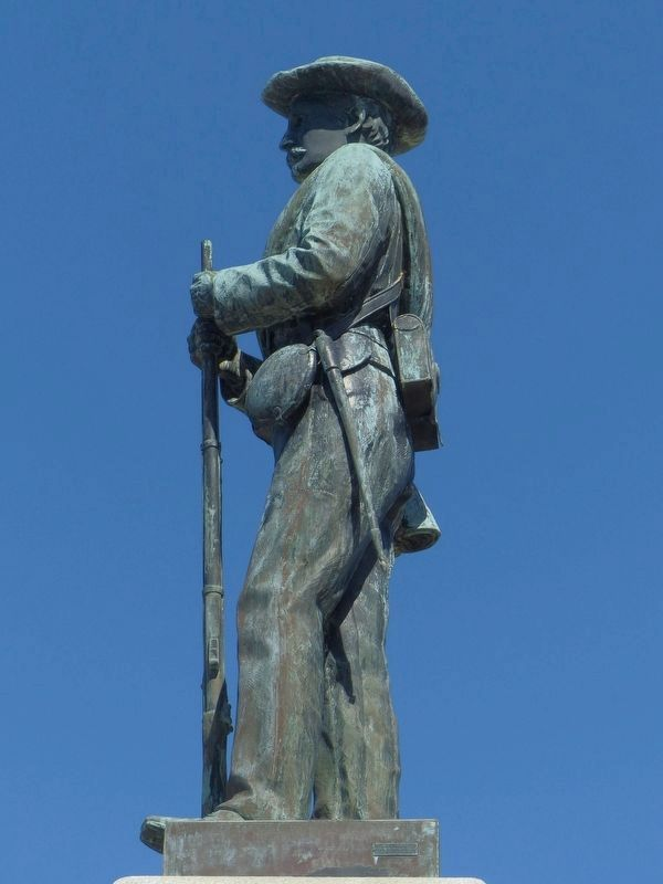 Confederate Soldier Statue image. Click for full size.