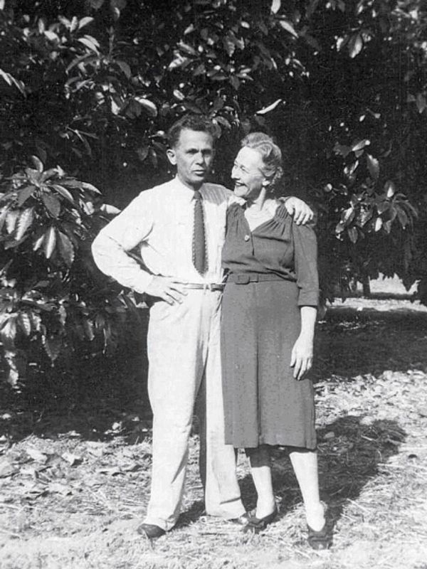 Rudolph and Elizabeth Hass at The Original Tree image. Click for full size.