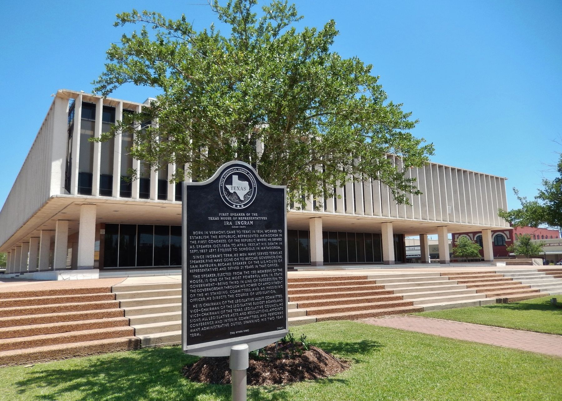 Ira Ingram Marker (<i>wide view; Matagorda County Courthouse in background</i>) image. Click for full size.
