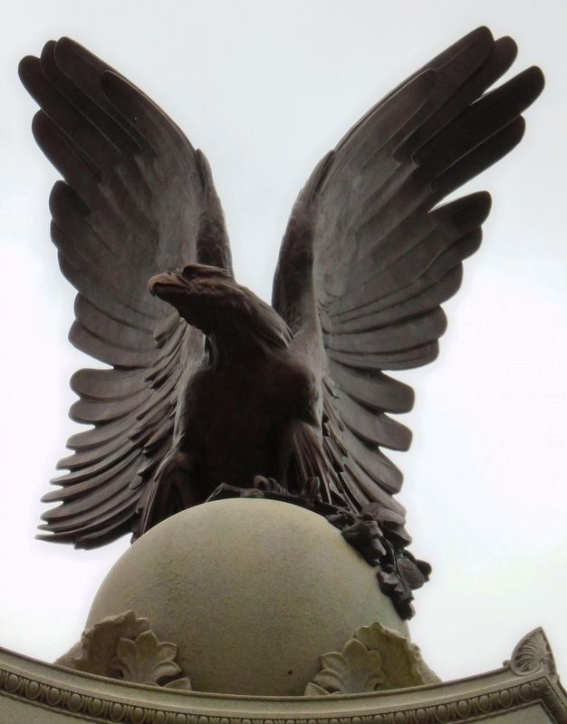 Civil War Memorial Eagle image. Click for full size.
