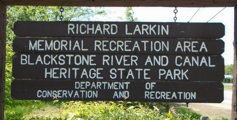 Larkin Memorial Recreation Area Sign image. Click for full size.