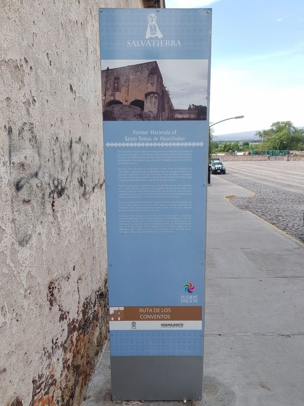 Former Haciendo of Santo Tomás de Huatzindeo Marker English text image. Click for full size.