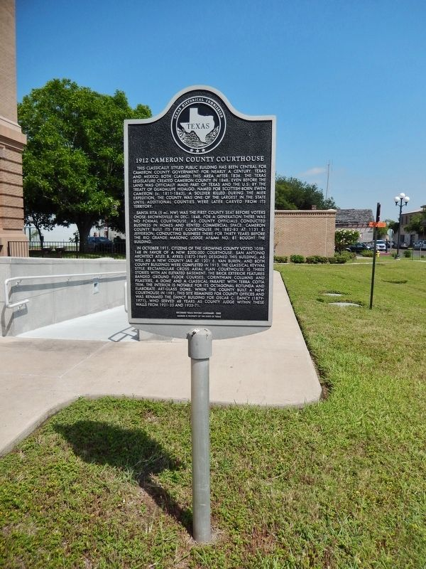 1912 Cameron County Courthouse Marker (<i>tall view</i>) image. Click for full size.