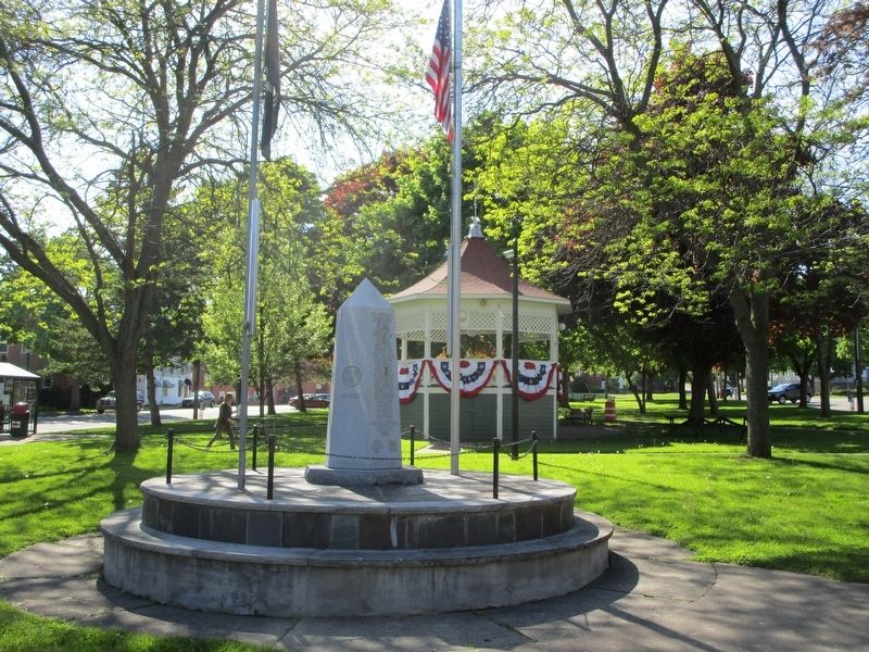 Lyons Veterans Memorial image. Click for full size.