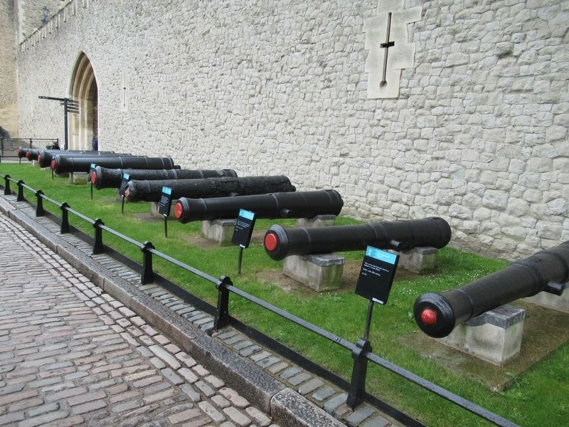Cannons at the Tower of London image. Click for full size.
