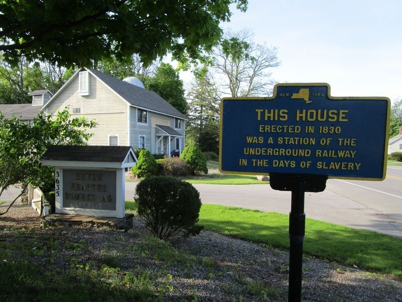 This House & Marker image. Click for full size.