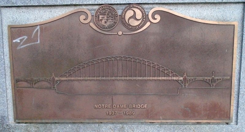 Notre Dame Bridge Marker image. Click for full size.