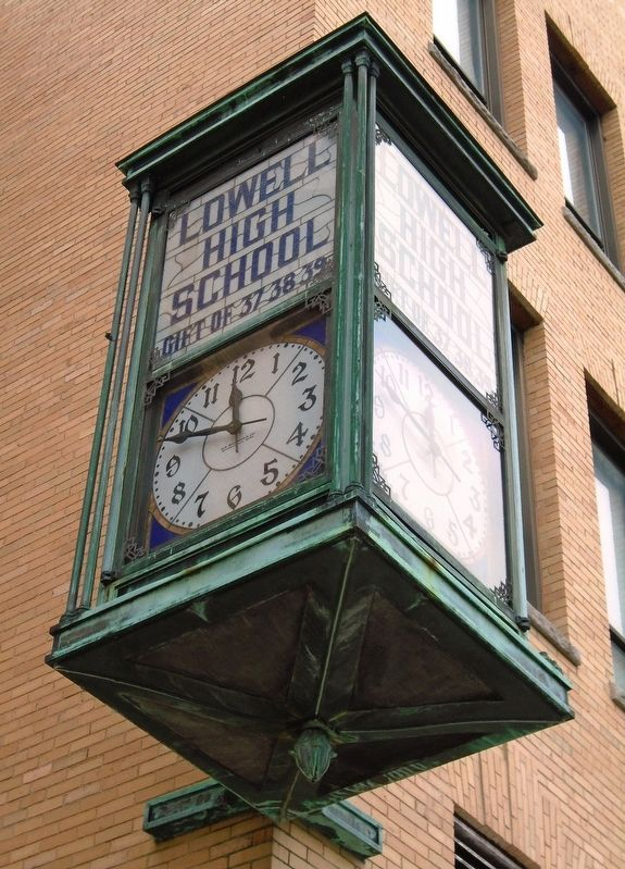 Lowell High School Clock image. Click for full size.