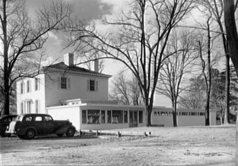MacAlpine House, in Riverdale Park<br>Administration Building, Calvert Houses, 1943 image. Click for full size.