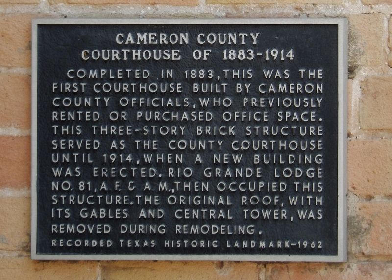Cameron County Courthouse of 1883-1914 Marker image. Click for full size.