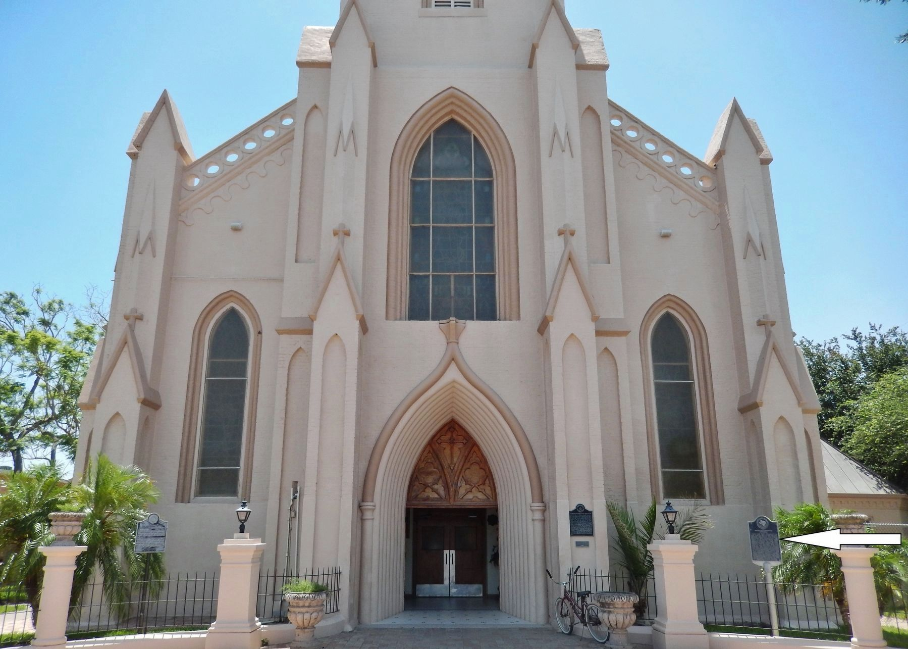 Immaculate Conception Cathedral (<i>front view; marker visible at right</i>) image. Click for full size.