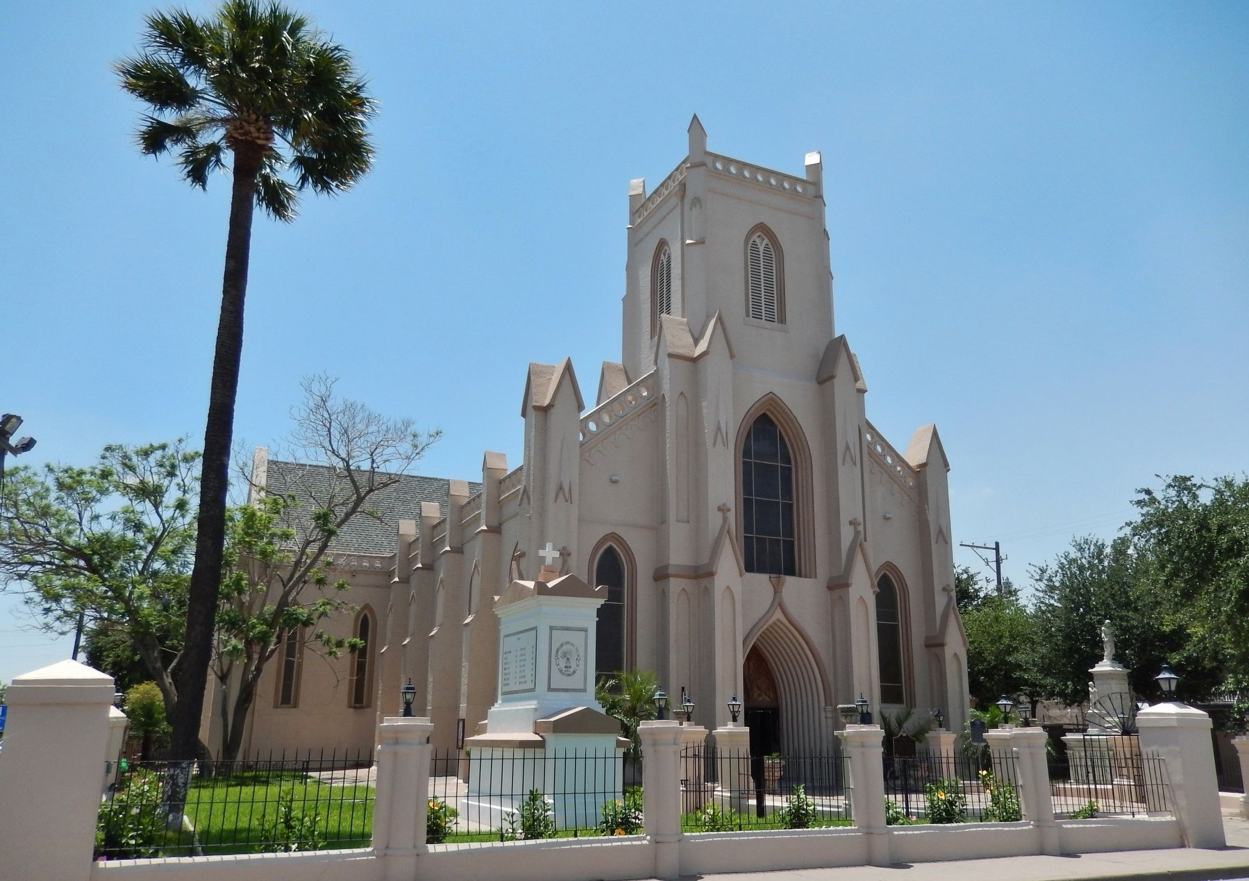 Immaculate Conception Cathedral image. Click for full size.