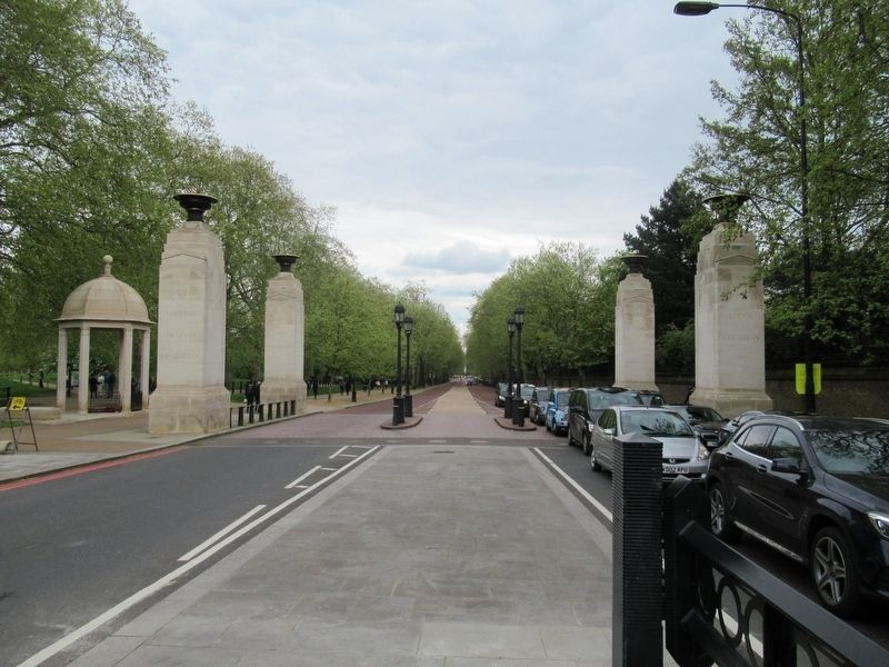 The Memorial Gates image. Click for full size.