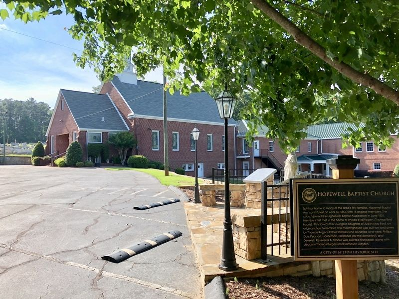 Hopewell Baptist Church & marker. image. Click for full size.