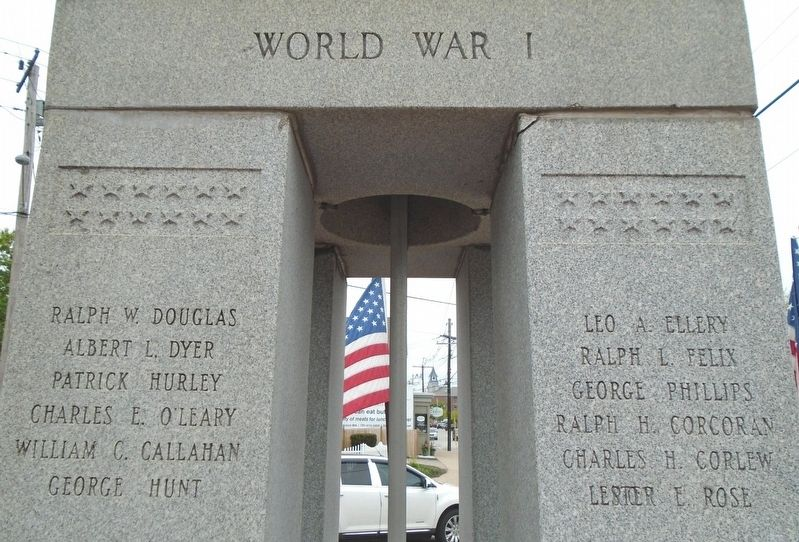 War Memorial World War I Honored Dead image. Click for full size.