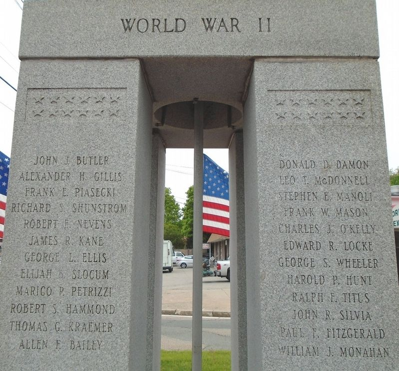 War Memorial World War II Honored Dead image. Click for full size.