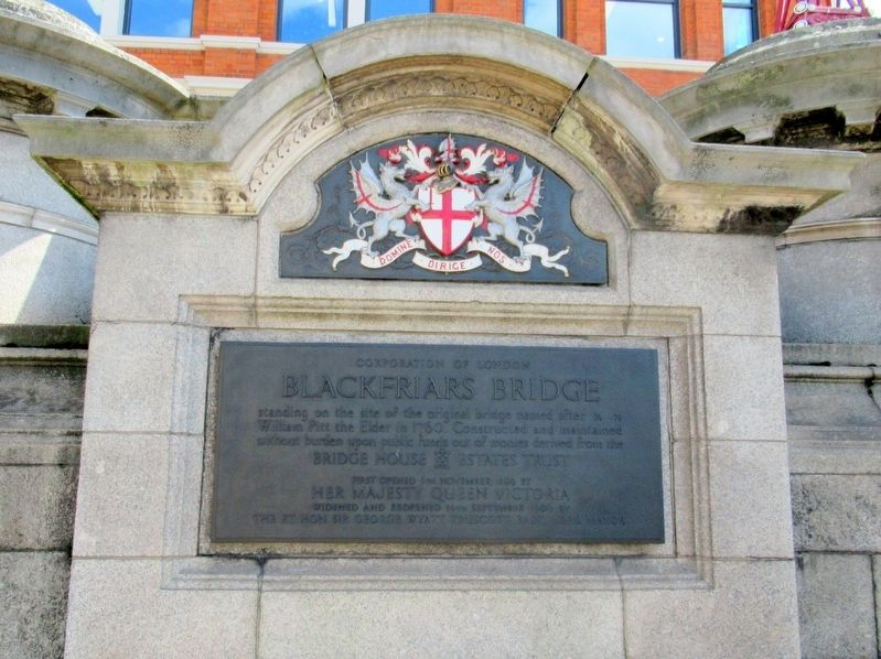 Blackfriars Bridge Marker image. Click for full size.