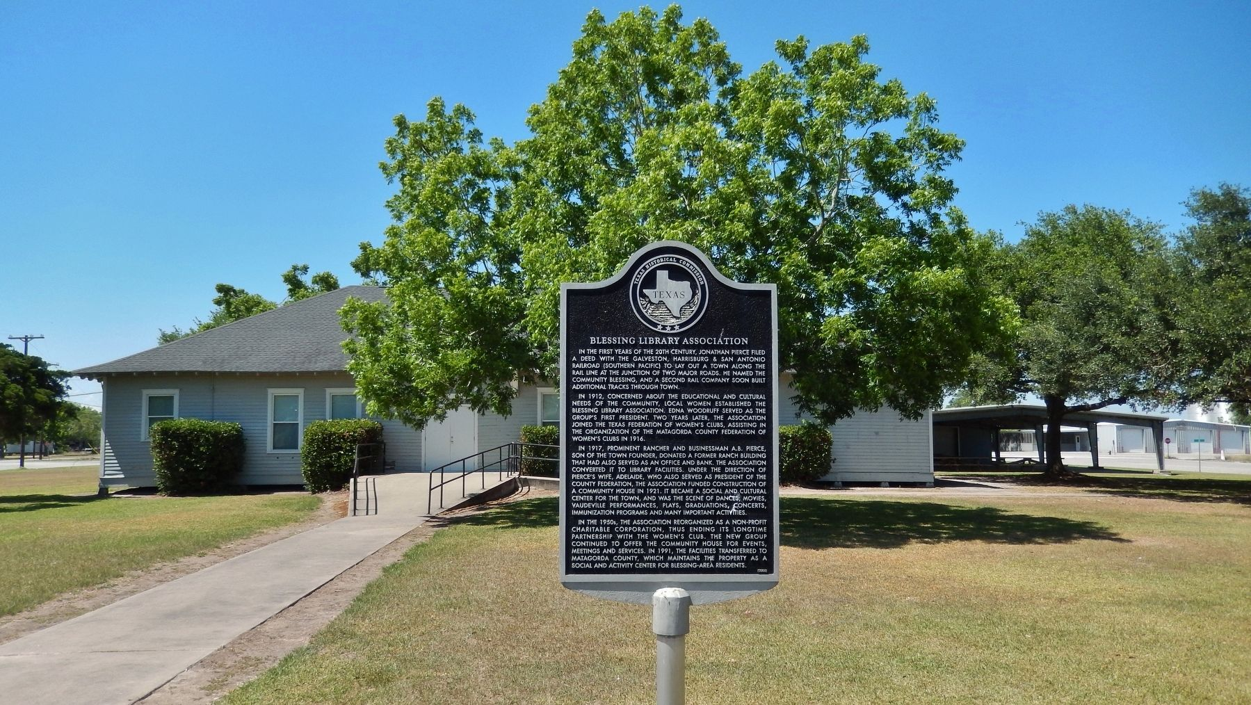 Blessing Library Association Marker (<i>wide view; Blessing Community Center in background</i>) image. Click for full size.