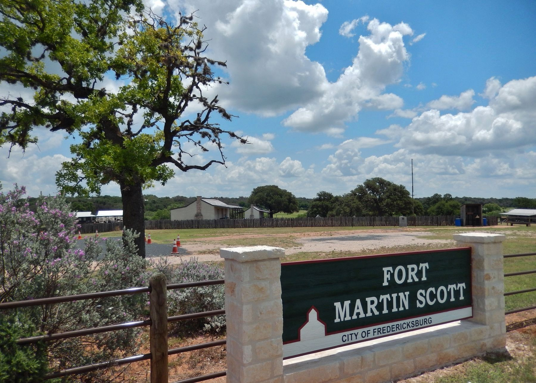 Fort Martin Scott Entrance (<i>after fort restoration</i>) image. Click for full size.