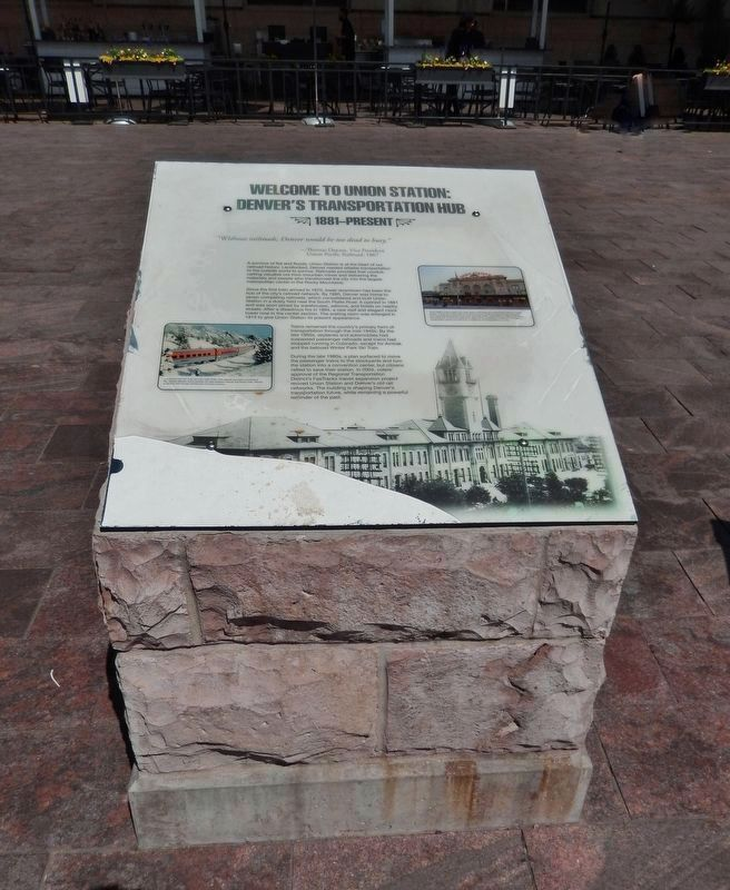 Welcome to Union Station Marker (<i>tall view</i>) image. Click for full size.