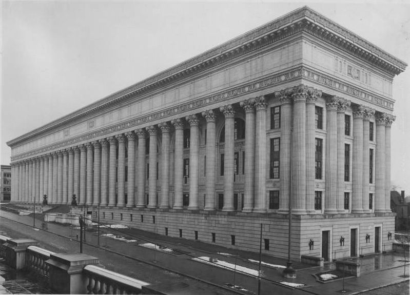 New York State Department of Education Building, Albany, NY image. Click for full size.