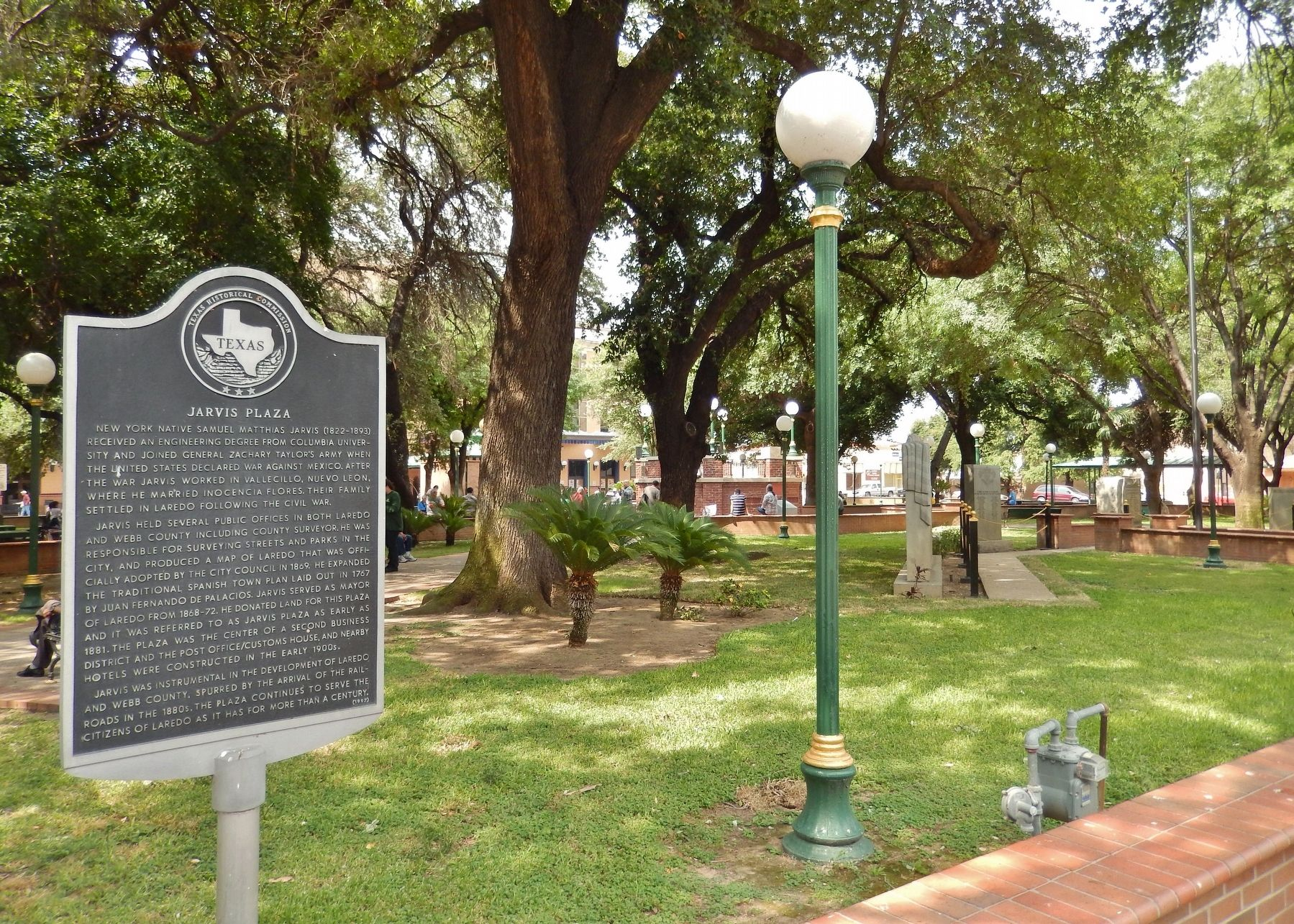 Jarvis Plaza Marker (<i>wide view</i>) image. Click for full size.