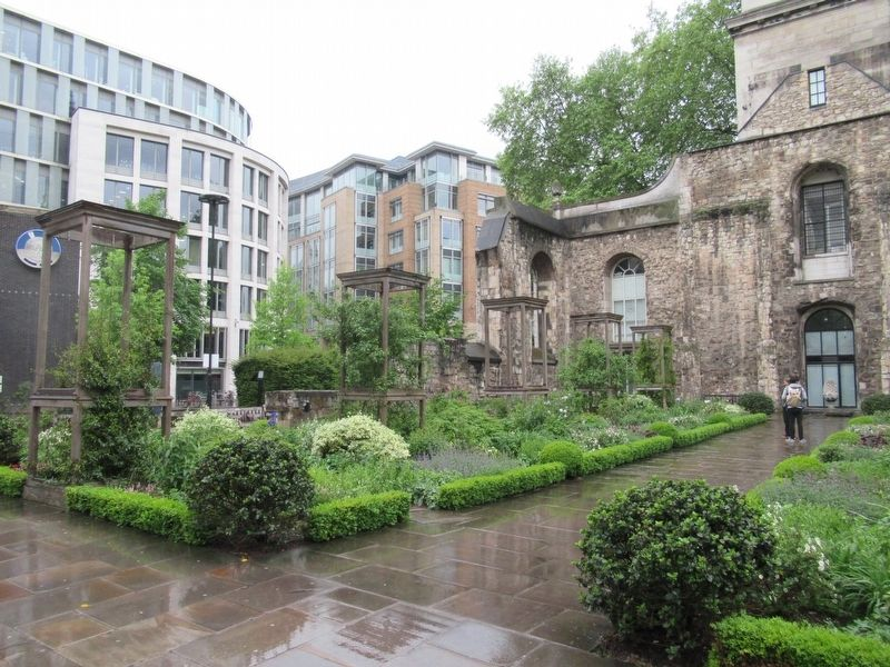 Christchurch Greyfriars Garden image. Click for full size.
