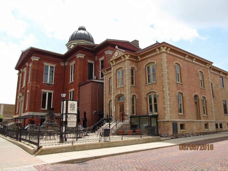 Old McHenry County Courthouse and Jail image. Click for full size.