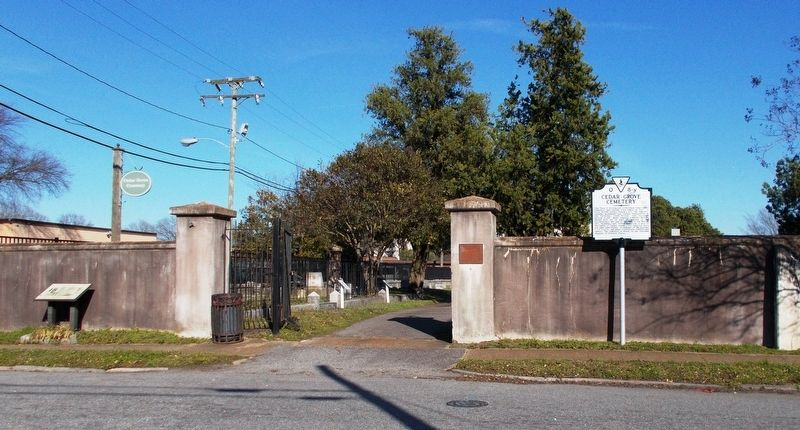 Cedar Grove Cemetery entrance. image. Click for full size.