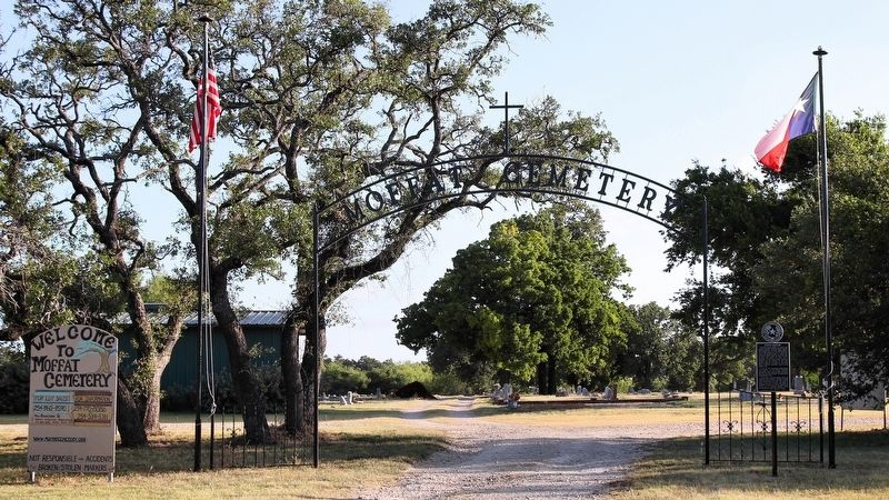 Moffat Cemetery Entrance image. Click for full size.