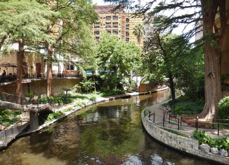 The San Antonio River Walk image. Click for full size.